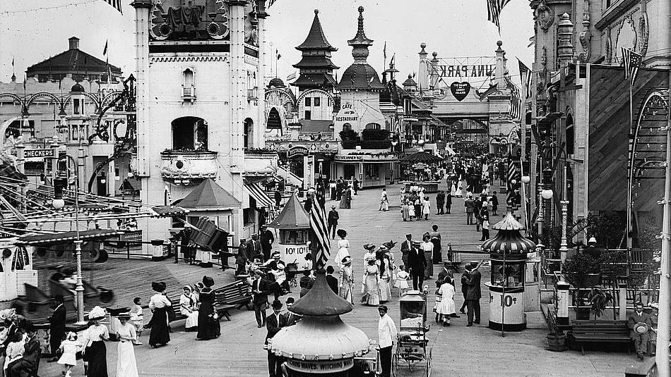Visitors to Coney Island's Luna Park, ca.1910-1915.