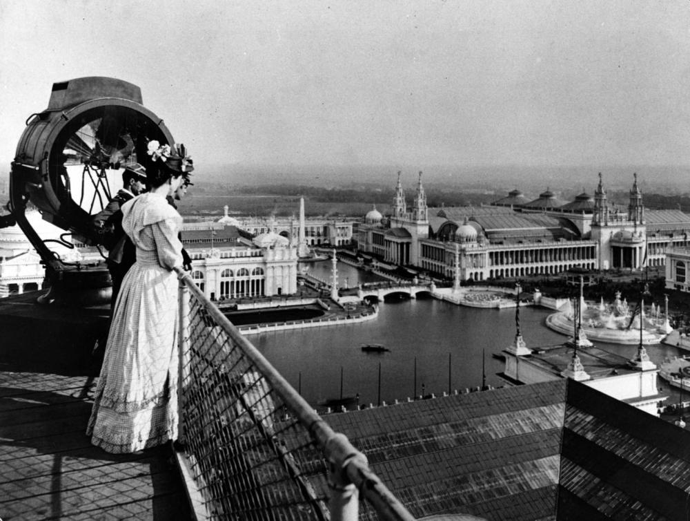 Visitors to the Columbian Exposition of 1893 took in the view of the Court of Honor from the roof of the Manufacturers Building. C.D. Arnold photo, Art Institute of Chicago, via Wikimedia