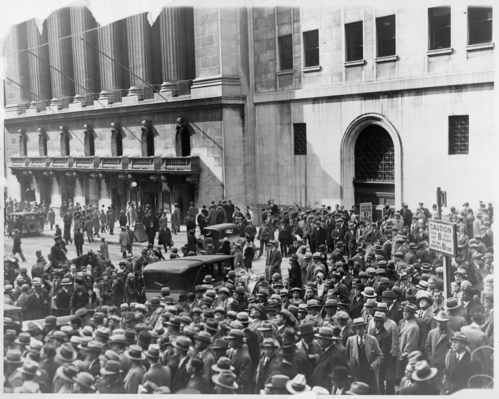 """Crowd of people gather outside the New York Stock Exchange following the Crash of 1929,"" 1929. Library of Congress, http://www.loc.gov/pictures/item/99471695/."