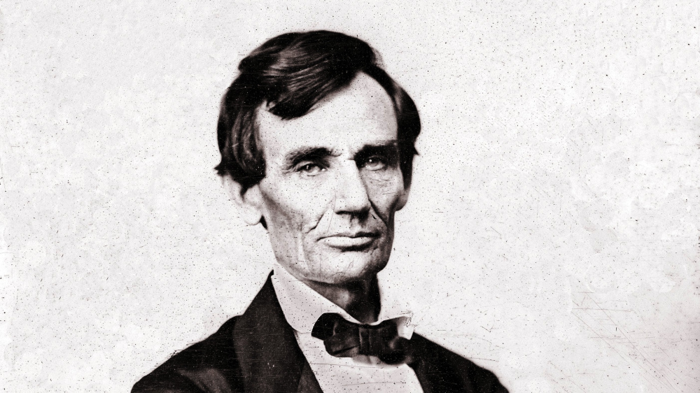 An 1860 photograph of Abraham Lincoln.